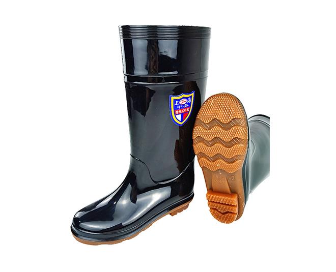 劳保雨鞋的材质如何选择?