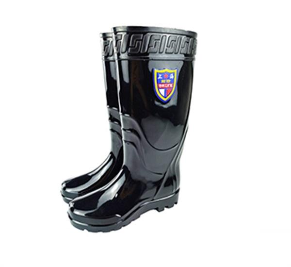 教你怎么才能买到适合自己的雨鞋?